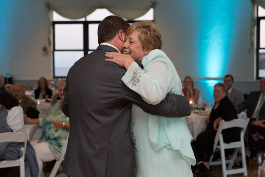 kate whitney lucey eastons beach wedding reception newport ri l-1349