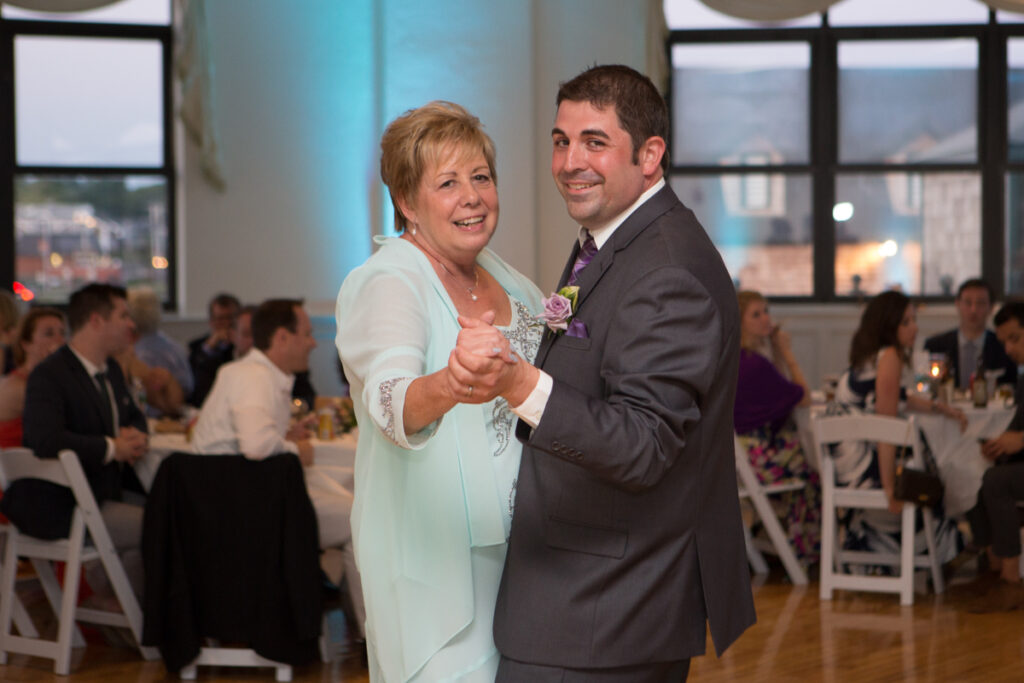 kate whitney lucey eastons beach wedding reception newport ri l-1364