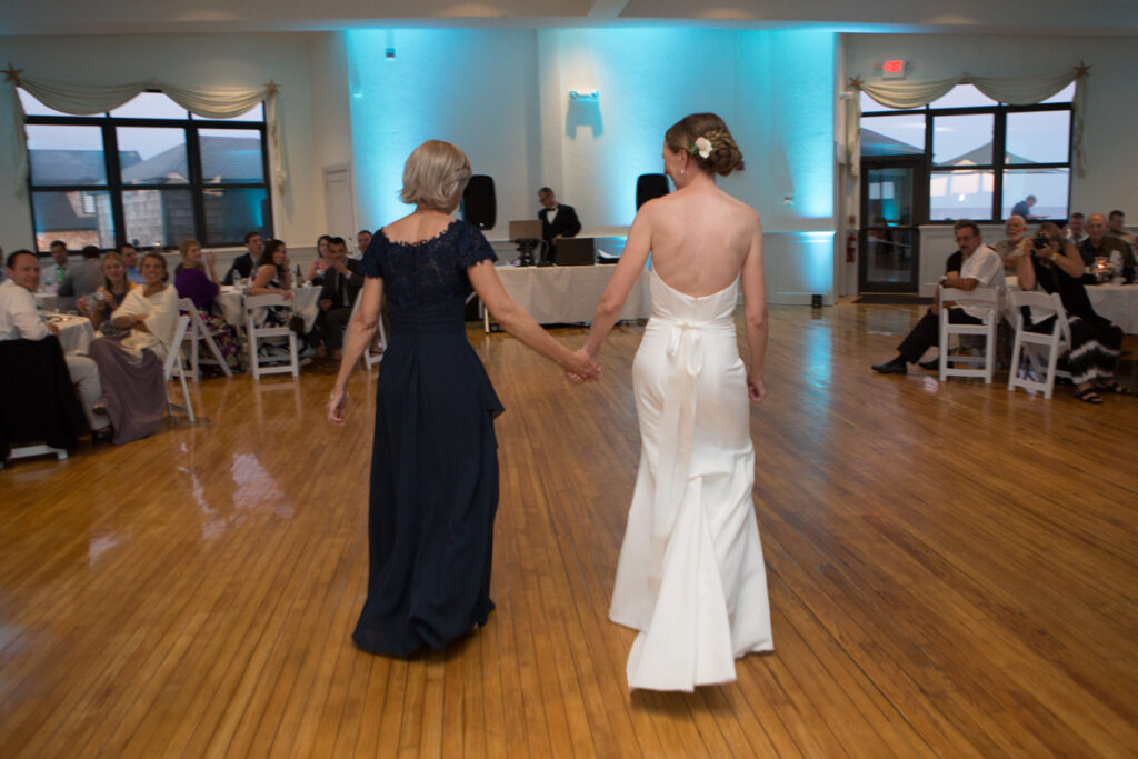 kate whitney lucey eastons beach wedding reception newport ri l-1387