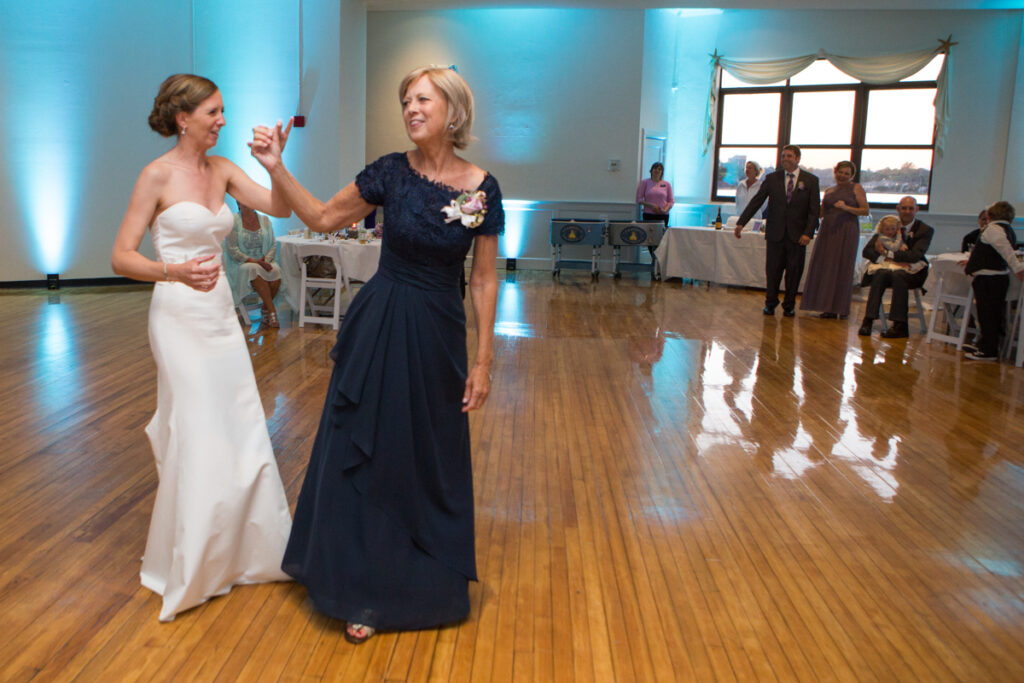 kate whitney lucey eastons beach wedding reception newport ri l-1388