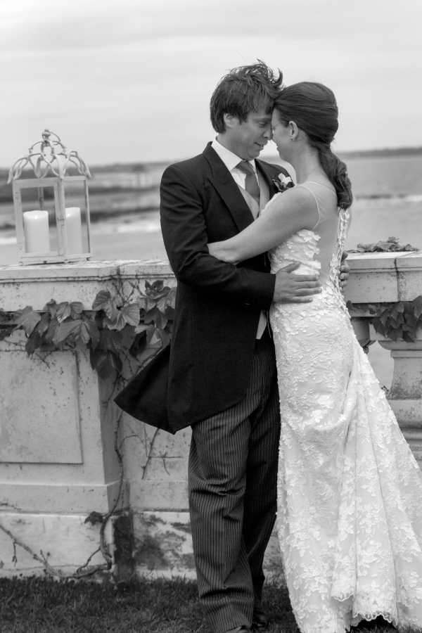 kate whitney lucey wedding photographer Rosecliff newport ri-