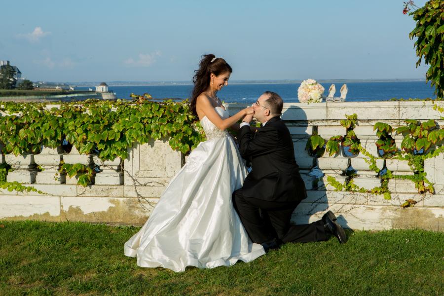 kate whitney lucey wedding photographer Rosecliff newport ri-1184