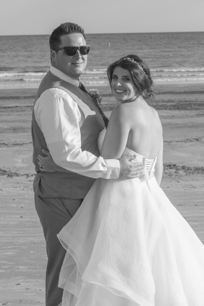 kate whitney lucey wedding photographer eastons beach weddings newport ri-1171