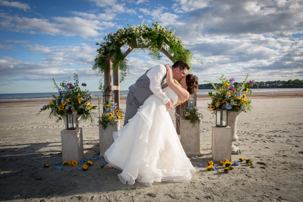 kate whitney lucey wedding photographer newport beach house weddings newport ri-1126