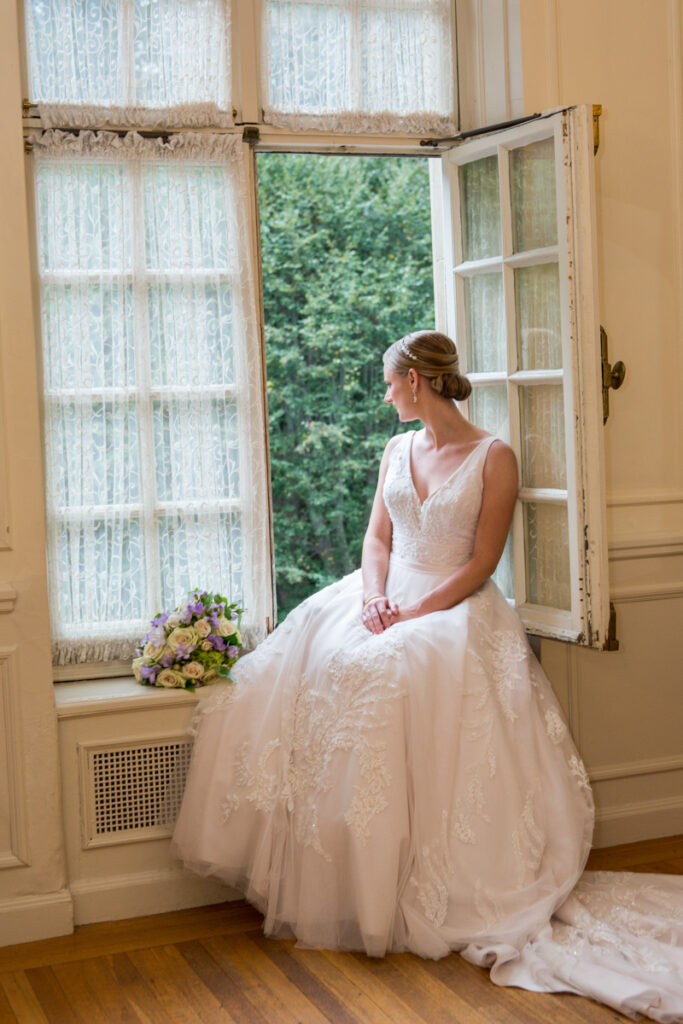 kate whitney lucey wedding photographer newport ri glen manor house-1000