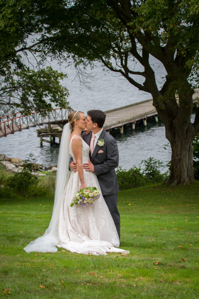 kate whitney lucey wedding photographer newport ri glen manor house-838