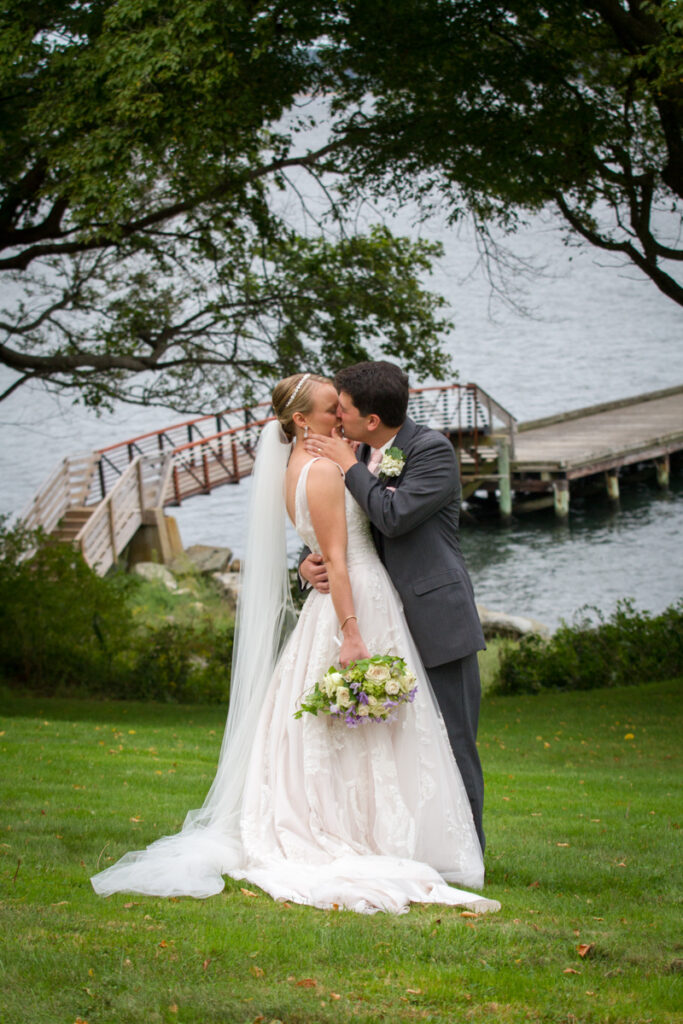 kate whitney lucey wedding photographer newport ri glen manor house-845