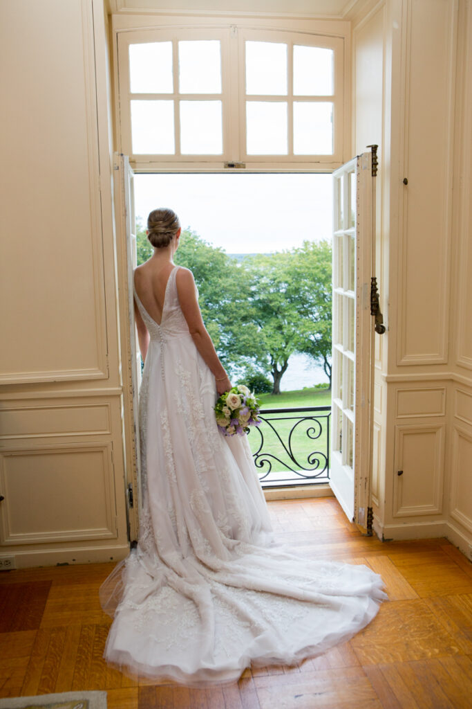 kate whitney lucey wedding photographer newport ri glen manor house-982